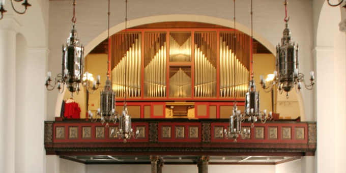 Narvik / Norwegen, Stadtkirche, 3 Manuale 42 Register, 1982 (opus 1024)