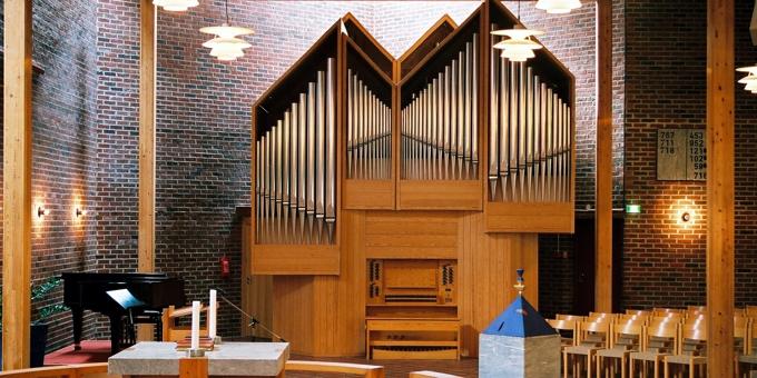 Sandnes / Norwegen, Lura-Kirche, 2 Manuale 28 Register, 1988 (opus 1078)