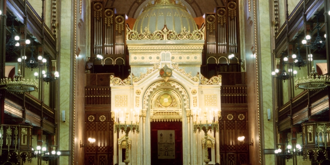 Budapest / Ungarn, Synagogue, 4 Manuals 64 Register, 1996 (opus 1121)