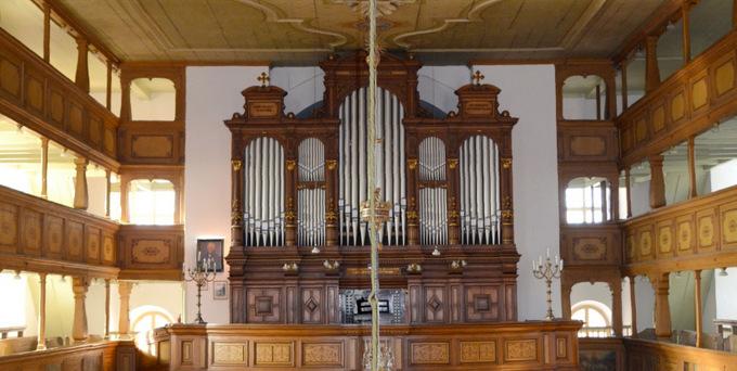 Neugersdorf, Ev. Kirche, 2 Manuale 32 Register, C. E. Jehmlich 1883, Restaurierung 2017-2018