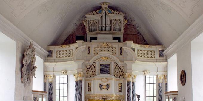 Steinbach, Ev.-Luth. Kirche, 2 Manuale 14 Register, J. E. Hähnel 1724, Restaurierung 2011