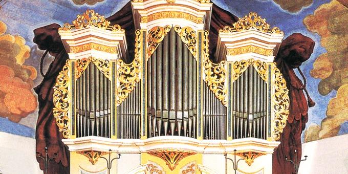 Helbigsdorf, Ev.-Luth. Kirche, 2 Manuale 17 Register, G. Silbermann 1727, Restaurierung 1994